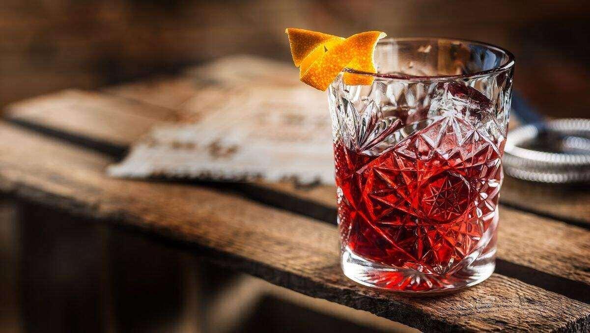 Negroni Cocktail orange peel